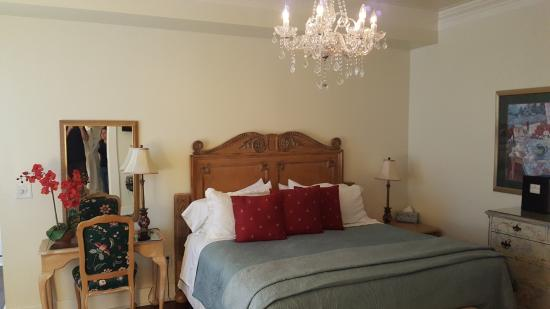 The Kenwood Inn ภาพถ่าย