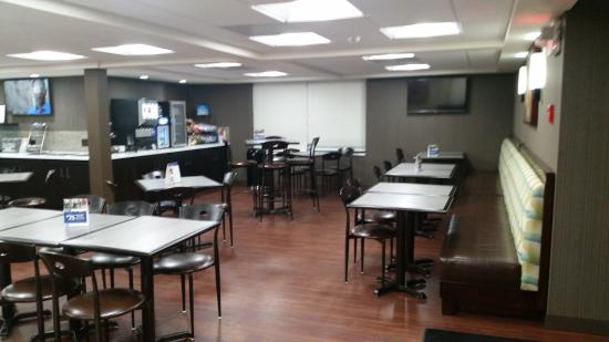 BEST WESTERN Inn Hershey: Our newly renovated breakfast area!