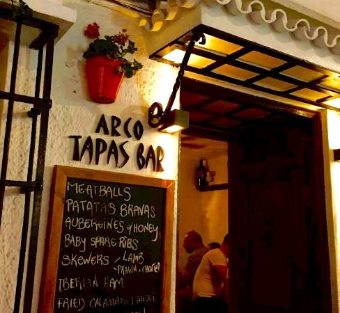 Arco Tapas Bar restaurant in marbella of tapas
