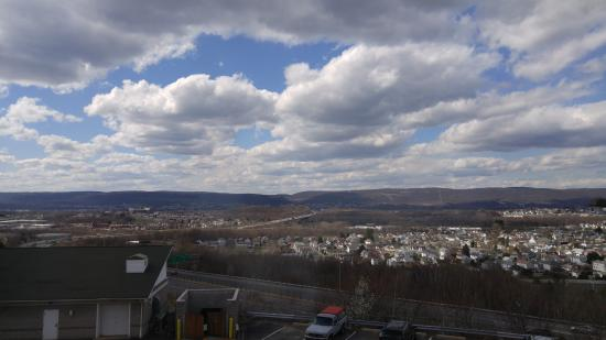 Fairfield Inn & Suites Wilkes-Barre Scranton: View from room 328