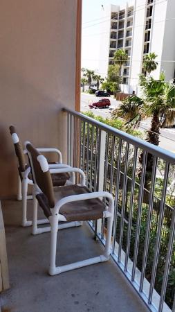 La Copa Inn Beach Hotel : small balcony