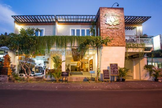 Maha Laksmi Boutique Hotel