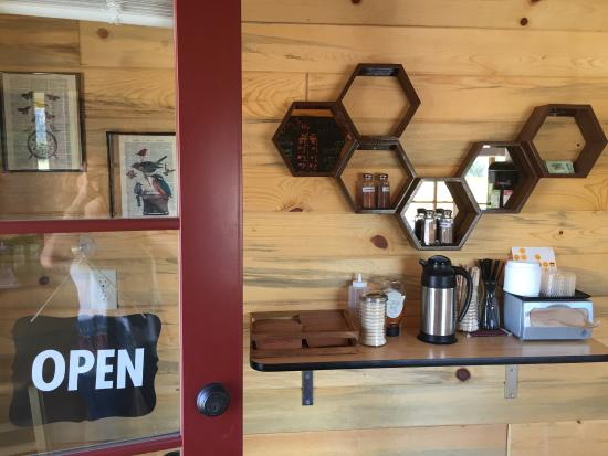 Poncha Springs, CO: Tiny House Coffee