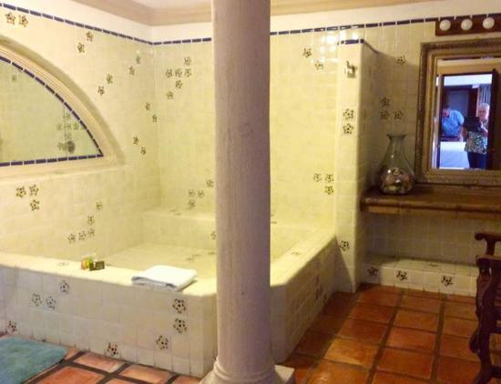 Casa Bella Boutique Hotel: Oh My Goodness This Is Our Huge Bathroom, I Love