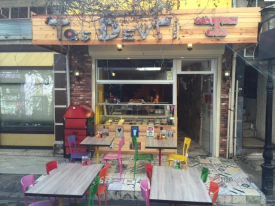 Renkli Tas Devri Sandwich Cafe Izmir Restaurant Reviews
