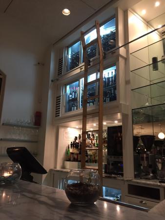 No patrons - a sign??? - Picture of Sea Salt Restaurant