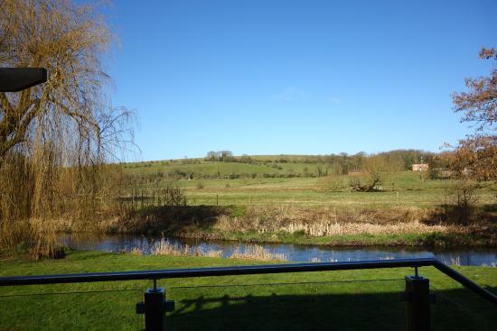 Blick aus dem fenster land  Blick aus dem Fenster von The Davenport - Picture of Troutbeck ...
