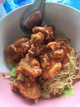 Sukhothai Noodles Sukhumvit 50