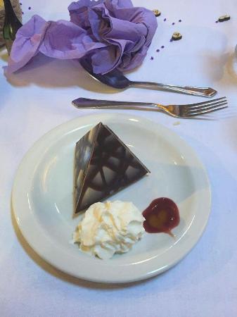 Kirkpatrick Fleming, UK: Chocolate dessert