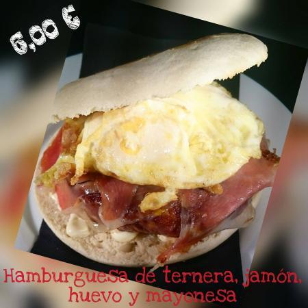 Picassent, Spania: Burguer huevo