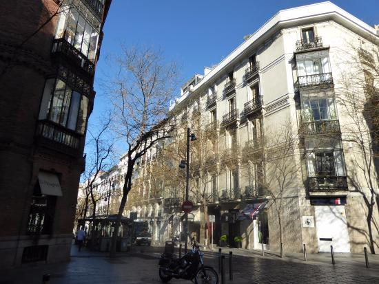 Calle jorge juan picture of barrio de salamanca madrid tripadvisor - Barrio salamanca madrid ...