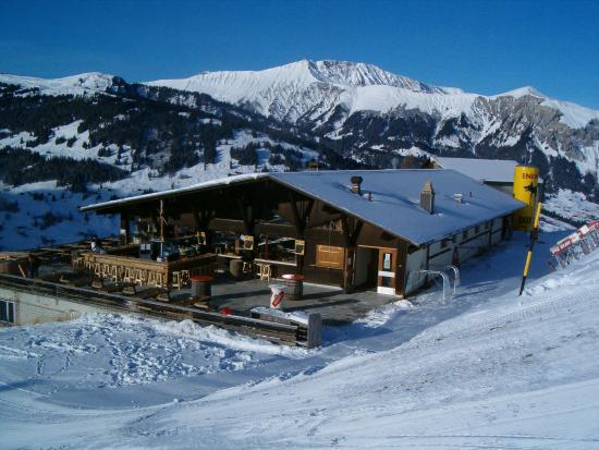 Lenk im Simmental, สวิตเซอร์แลนด์: Snow Beach Lodge Winter