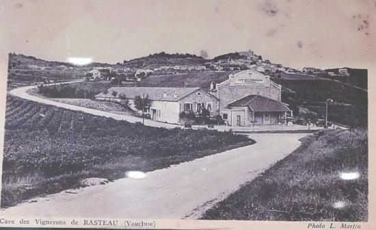 Rasteau, Francia: 昔の写真が店内に飾られていました