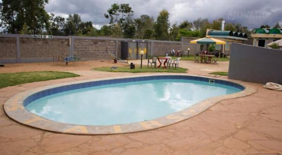 Pool - Picture of Golden Palm Breeze Hotel, Thika - Tripadvisor