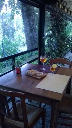 aperitivo in veranda - Picture of Le Terrazze Sul Po, Borgoforte ...