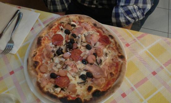La Credenza Pizzeria : Pizzeria la pineta catanzaro ristorante recensioni numero di