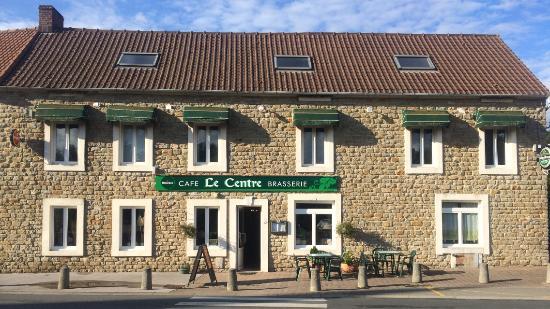 Le Centre Bar Brasserie Restaurant