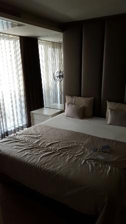 Serviced Apartments Boavista Palace: 20160401_143306_large.jpg