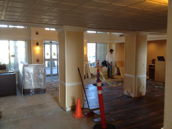 Homewood Suites by Hilton Chattanooga/Hamilton Place : Renovation disaster