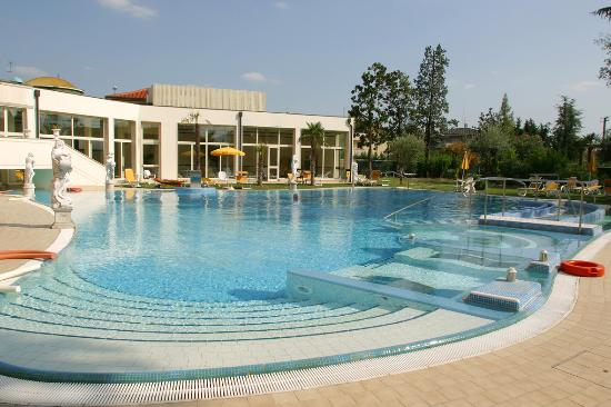 Photo of Hotel Terme Helvetia Abano Terme