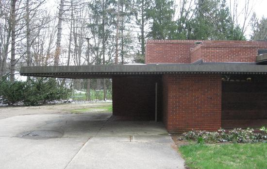 Carport Cantilever Roof Picture Of Weltzheimer Johnson