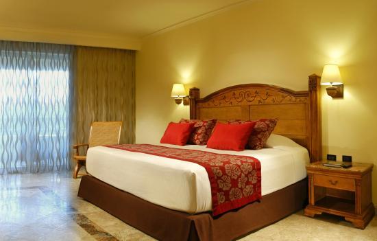 圖盧姆加泰羅尼亞皇家成人專用飯店全包