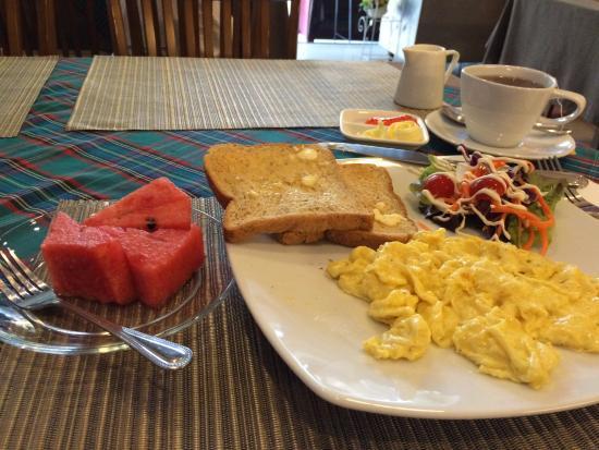 Cozy at Ten: breakfast
