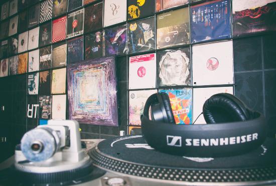 MadPiano Record Store