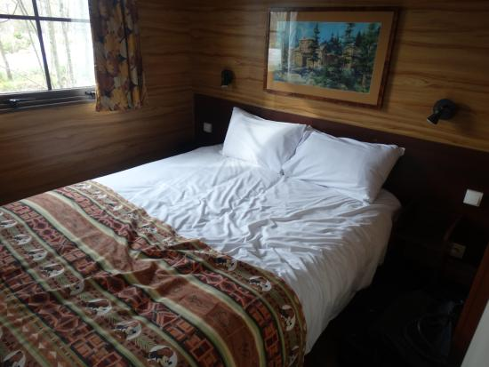 disneys davy crockett ranch slaapkamer met tweepersoonsbed