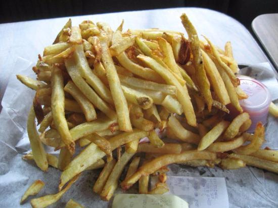 o fries billede af essie 39 s original hot dog shop pittsburgh tripadvisor. Black Bedroom Furniture Sets. Home Design Ideas