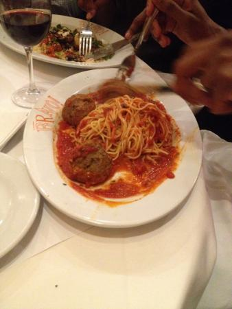 Willow Grove, PA: Spaghetti and meatballs