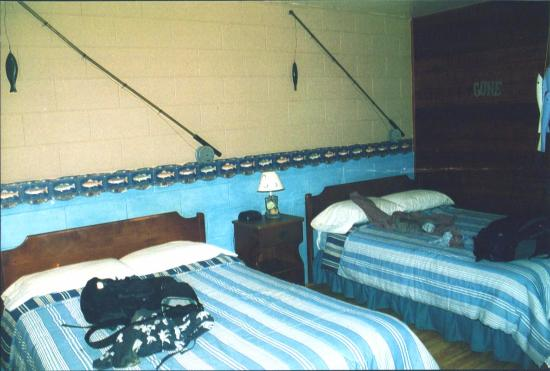 Chateau Lodge: Fishing Themed room with beds