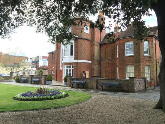 Westbury Manor Museum: The Rear Garden