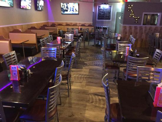 The end zone picture of the end zone sports pub for Cuisine new zone