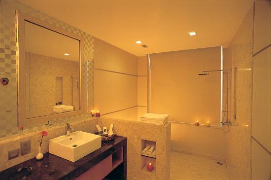 washrooms picture of nirvana hotel banquets club ludhiana rh tripadvisor in