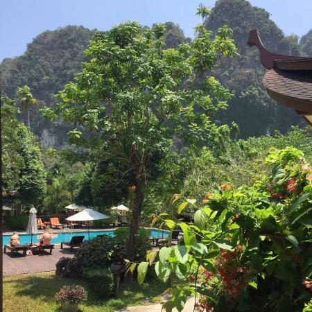 Aonang Phu Petra Resort, Krabi: Poolside villa balcony view