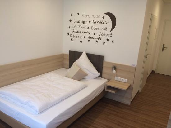 Delmenhorst, Jerman: Einzelzimmer