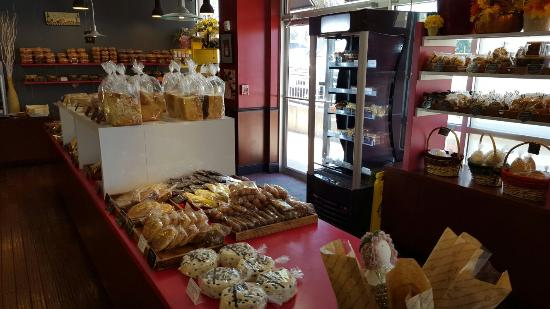 Bon Appetit Bakery: 20160405_141147_large.jpg