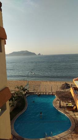 Hotel Puesta del Sol: IMAG1794_large.jpg