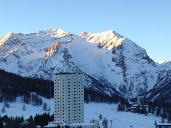 Grand Hotel Sestriere: Vista dalla camera da letto un'ora dopo