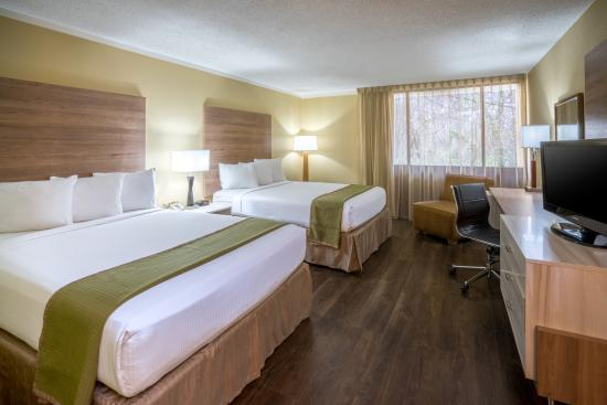 Wyndham Garden Washington DC North/BW Parkway: Newly remodeled in 2016 - Standard Two Queen Beds