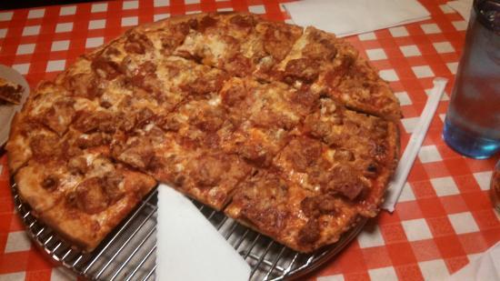 Aurelio's Pizza: IMG_20160405_134147_314_large.jpg
