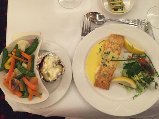Park House Hotel: Salmon Dinner with Steamed Veggies and Baked Potato