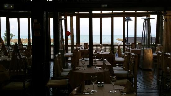 Hotel Tropicana: 20160326_193024_large.jpg