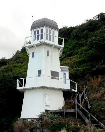 The Lighthouse and the Keep Wellington: Lighthouse Island Bay