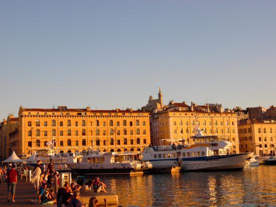 Lieu de promenade tranquille bild von alter hafen vieux - Promenade bateau marseille vieux port ...