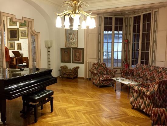 Alcune delle opere e degli arredi picture of casa museo for Casa museo boschi di stefano
