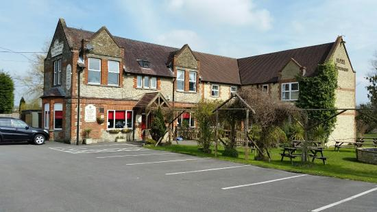 The Bolingbroke Arms Hotel, Pub And Restaurant