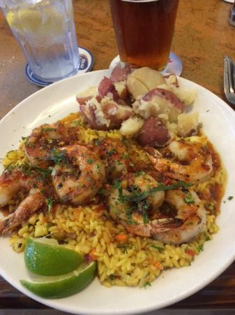 New England Fish Market & Restaurant: Ginger lime shrimp with pineapple rice and red-skin potatoes
