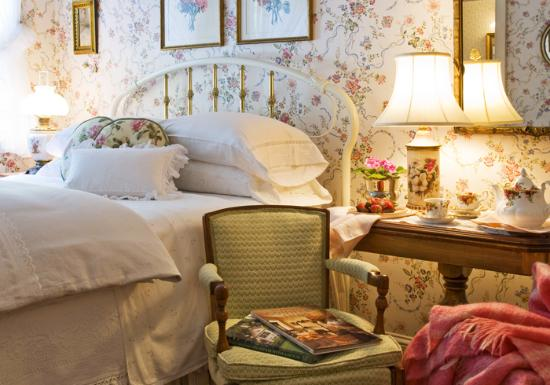 Stockbridge Country Inn: Private Guest Suite Just Steps From Museums